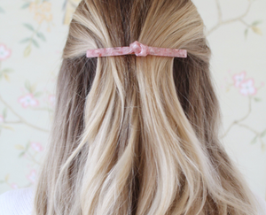 Kelly Barrette, Pink