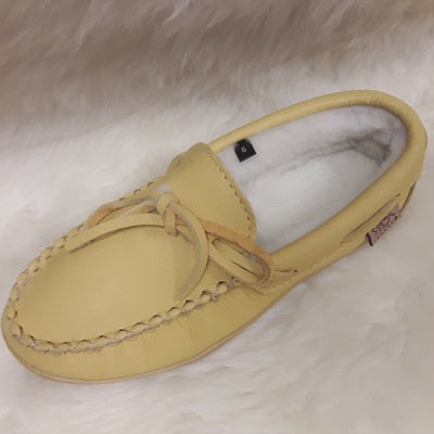 Moccasins - Moosehide - Sheepskin Lined - Ladies