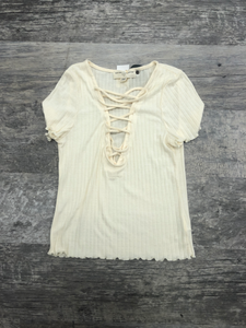 Urban Outfitters ( U ) Short Sleeve Top Size Medium