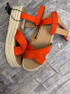 Urban Outfitters ( U ) Sandals Womens 8