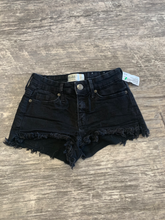 Load image into Gallery viewer, Women's Mudd Shorts Size 1