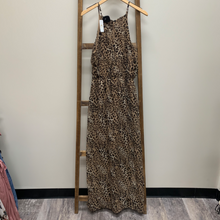 Load image into Gallery viewer, Charming Charlie Maxi Dress Size Large