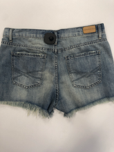 Load image into Gallery viewer, Aeropostale Shorts Size 7/8