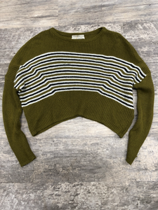 Urban Outfitters ( U ) Sweater Size Extra Small