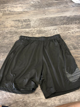Load image into Gallery viewer, Nike shorts XL