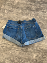 Load image into Gallery viewer, Old Navy Shorts Size 2