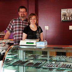 Lyndon and Mattie start Kalona Chocolates in Kalona, Iowa.