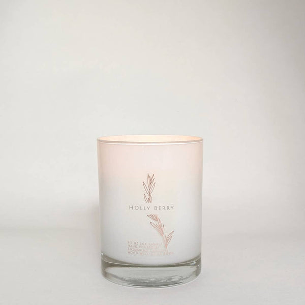 Holly Berry Candle 9.5oz