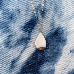 Teardrop Necklace Gold-White
