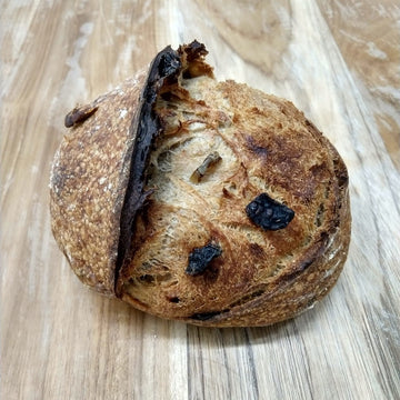 dojo-bakery-sundried-tomato-olive-sourdough-bread