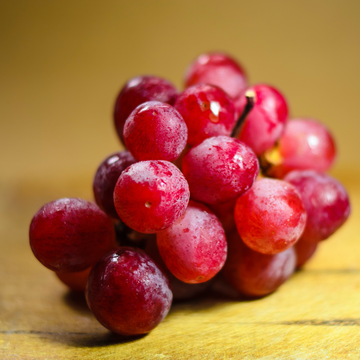 red-organic-grapes-fruit