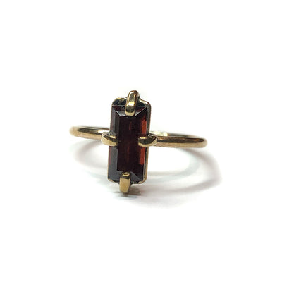 Rhodolite Garnet & 9ct Yellow Gold Ring