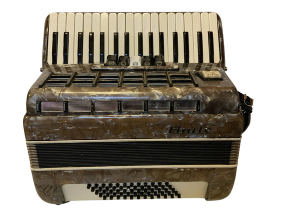 Second Hand Baile 60 Bass Piano Accordion
