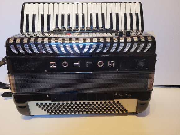 Solton 120 Bass Piano Accordion Second Hand