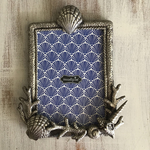 11748 Metal Coral Shell Frame 5x7
