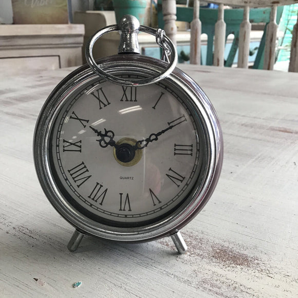 11717 Small Metal Desk Clock