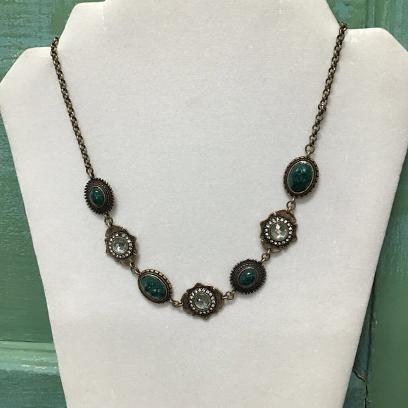 12718 Burnished Gold/Green Vintage Necklace