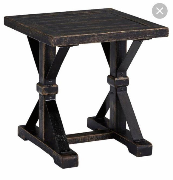 13361 Distressed Black Breckenridge Wood/Iron End Table 24