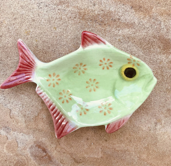 13983 Handpainted Fish Trinket Dish, lime green & coral, 3.5