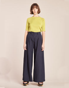 Model wears Kloke Illume Wide Pant in Ink. Available at FAWN Toronto.