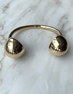 Load image into Gallery viewer, Quarry brass Opis Cuff. Available at FAWN Toronto.