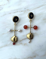Load image into Gallery viewer, Roberte Earrings
