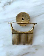 Load image into Gallery viewer, Karo Comb-Brooch