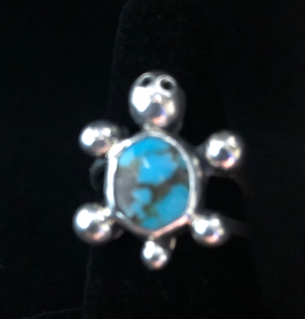 Turquoise sterling silver turtle ring