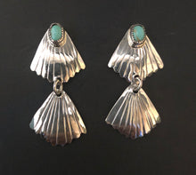 Load image into Gallery viewer, Turquoise sterling silver dangle earrings