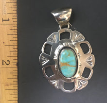 Load image into Gallery viewer, Turquoise sterling silver necklace pendant