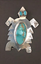 Load image into Gallery viewer, Turquoise sterling silver pin/necklace pendant