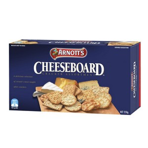 Crackers Cheese Board Assorted 250g Arnotts