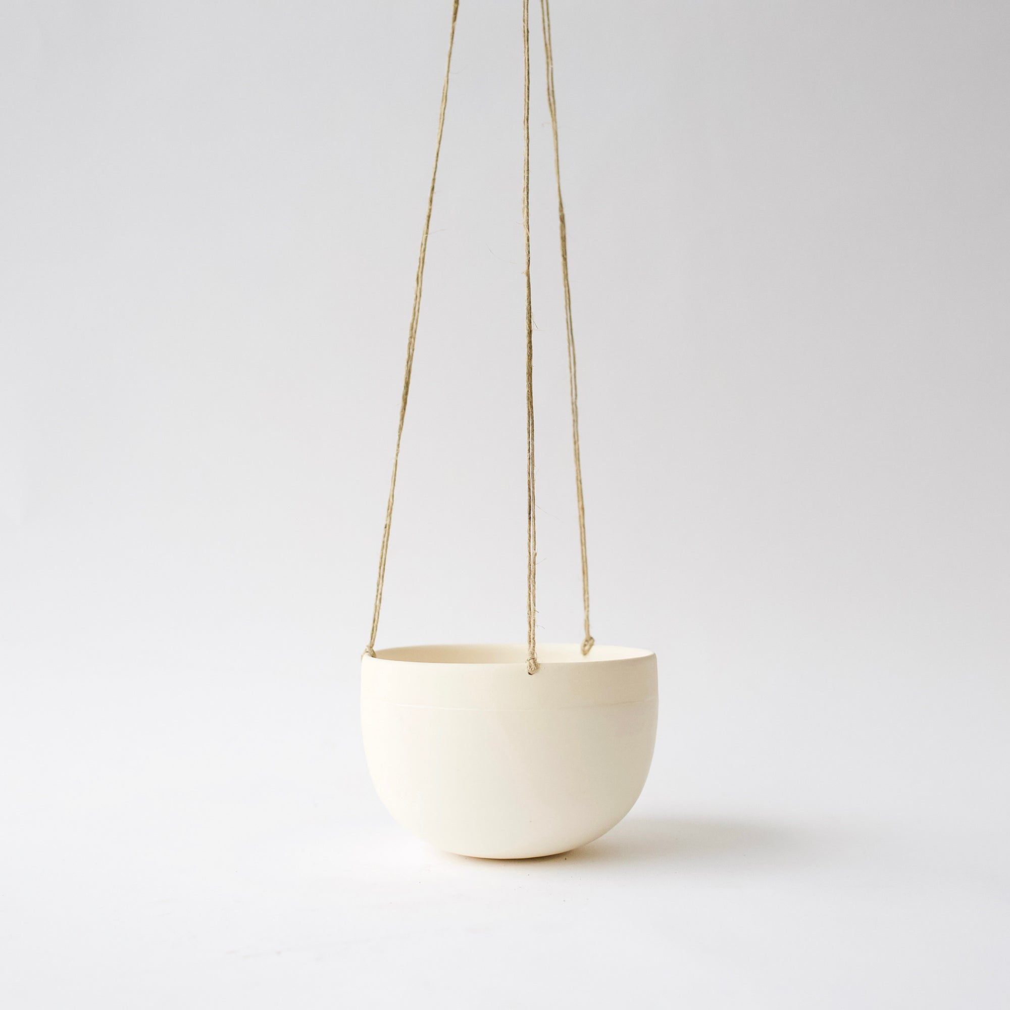 Medium Hanging Planter - White
