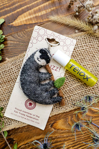Wool diffuser keychain with roller bottle, fair trade by a women's coop in Nepal