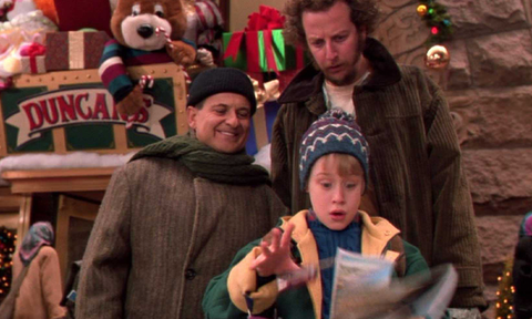 Skiim Christmas Movie marathon; Home Alone