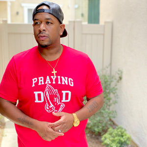PRAYING DAD TEE