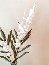 Load image into Gallery viewer, White Blossom Stem