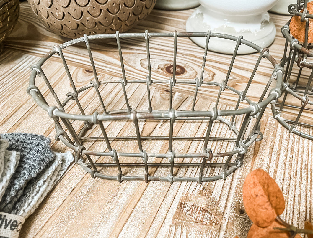 Wire Basket Holder