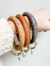 Load image into Gallery viewer, Leather Key Ring Bracelet
