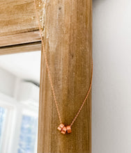 Load image into Gallery viewer, Rose Gold Circle Necklace