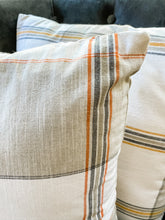 Load image into Gallery viewer, Plaid Pillow