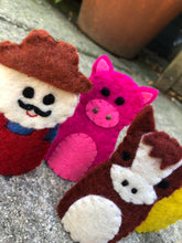 Load image into Gallery viewer, Farm Finger Puppet Set