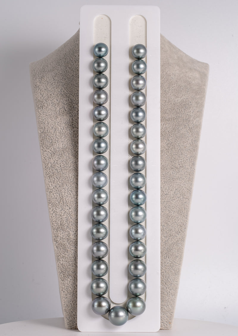 "33pcs ""Elegance"" Light Blue Color 11-14mm - Tahitian Pearl Necklace Round AA quality"