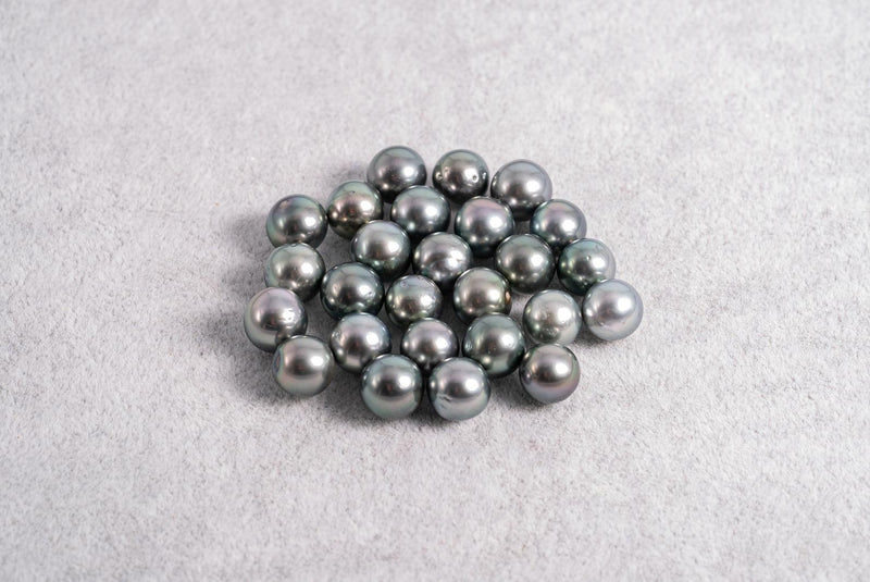 26pcs Light Green Color - Near Round 8mm AA quality Tahitian Pearl