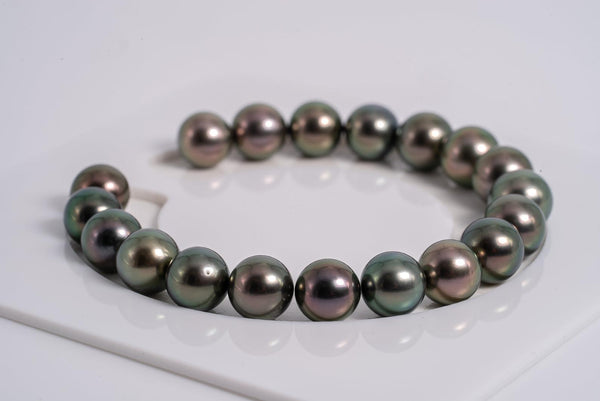 19pcs Peacock Cherry Bracelet - Semi-Round 9mm AA quality Tahitian Pearl