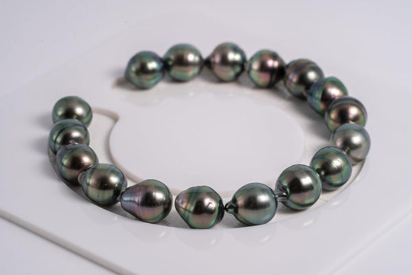 "17pcs ""Peacock Chronicles III"" Bracelet - Circle 9mm AAA quality Tahitian Pearl"