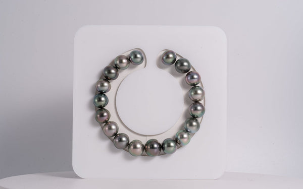 18pcs Green Cherry Color Bracelet - Button 10-11mm AAA quality Tahitian Pearl