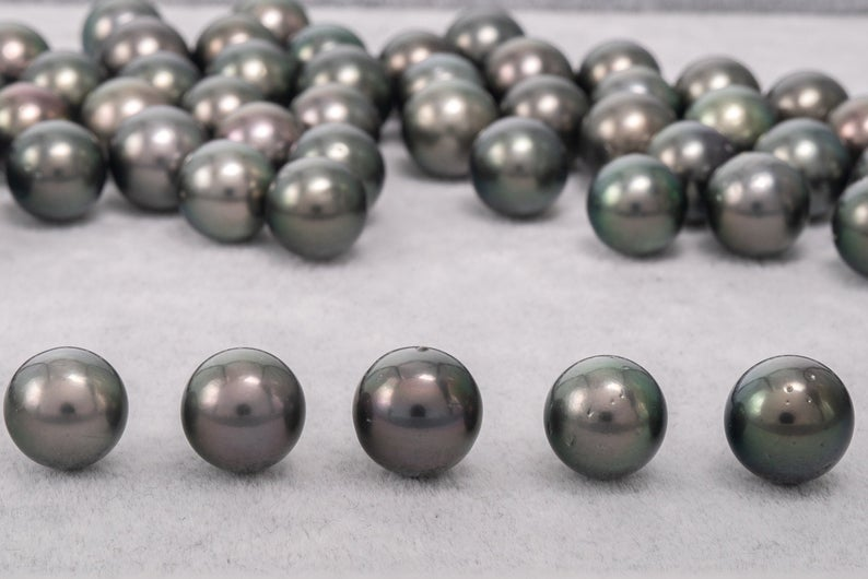 11mm Green Round AA Quality Tahitian Pearl