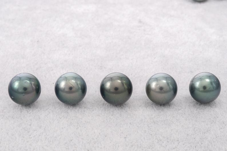 11mm Blue Green Round AA Quality Tahitian Pearl