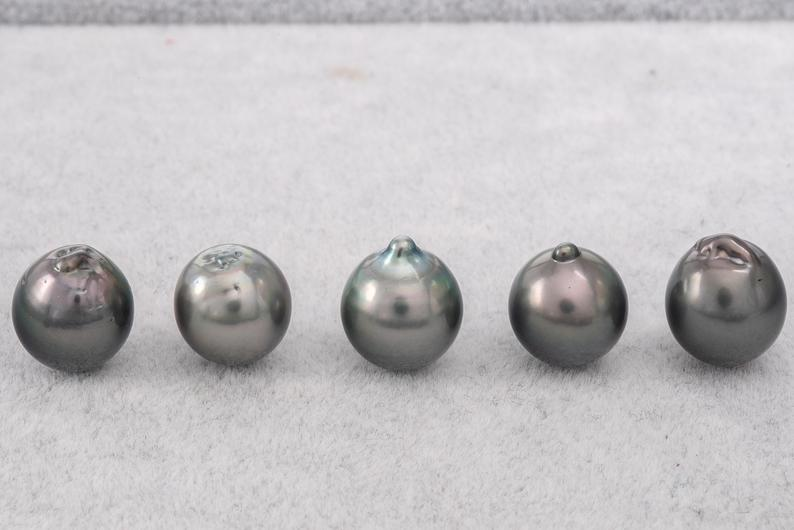 11-12mm Green Mix Semi-Baroque AA Tahitian Pearl